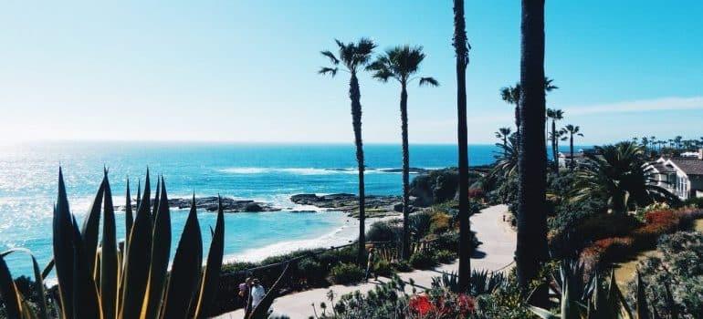 seaside walk path to enjoy Orange County as a senior